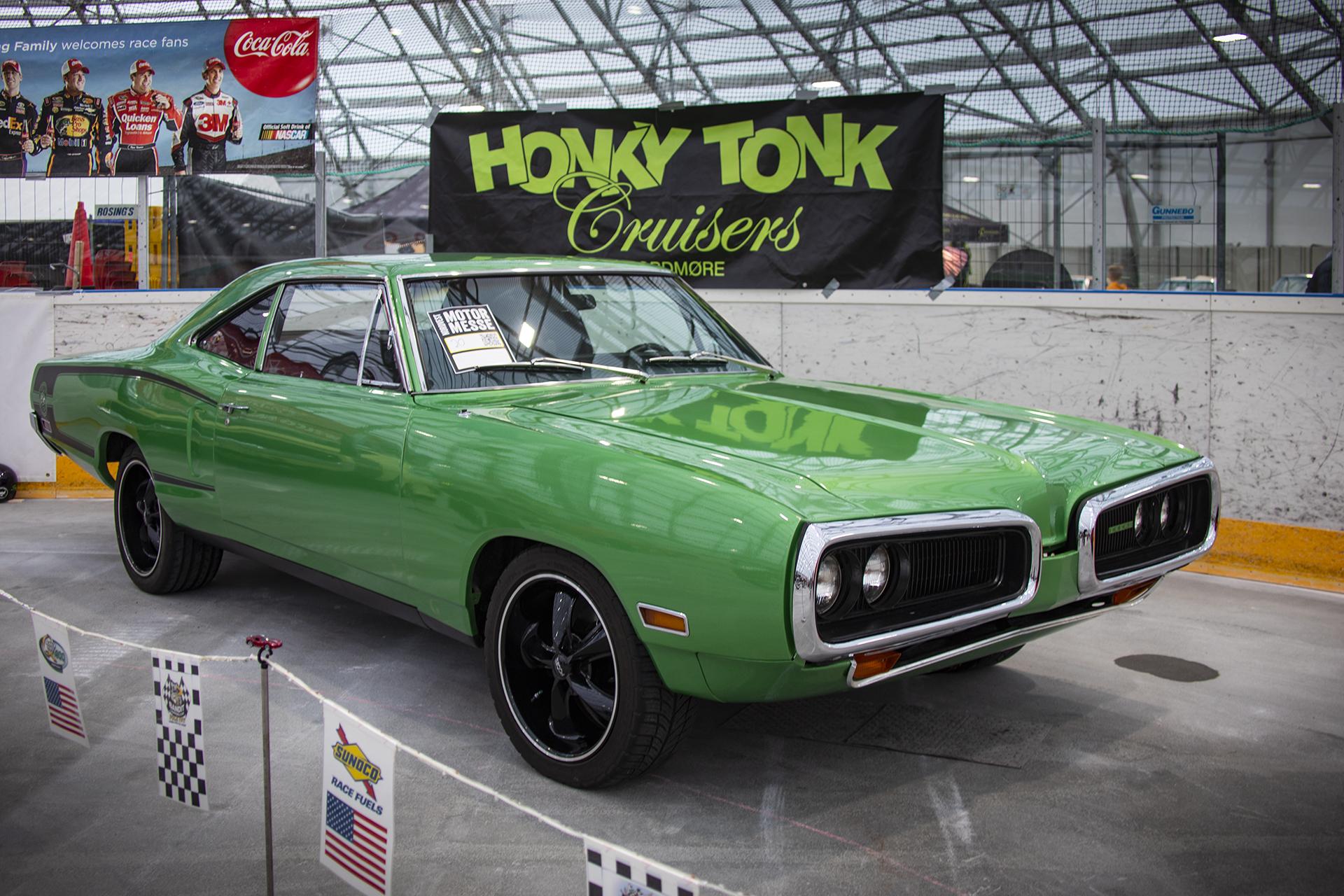 Odd Erik Ørbog tok med seg storeslem som beste bil på messen. Det gjorde han med denne 1970 Dodge Coroneten.