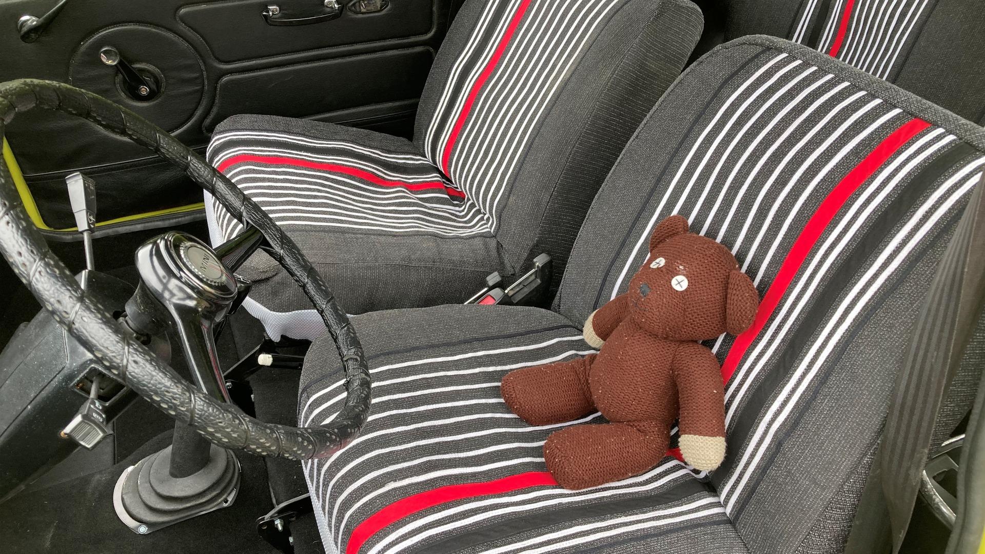 Interiøret er sydd av Andreas sin mormor, og en gjenkjennbar Teddy er også selvfølgelig på plass.