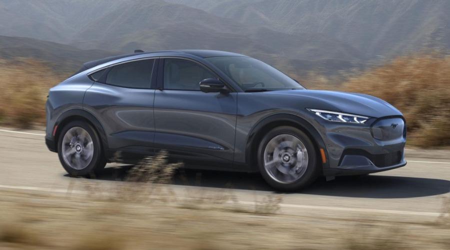 2021-Ford-Mustang-Mach-E-02-1024x768-listebilde.jpg