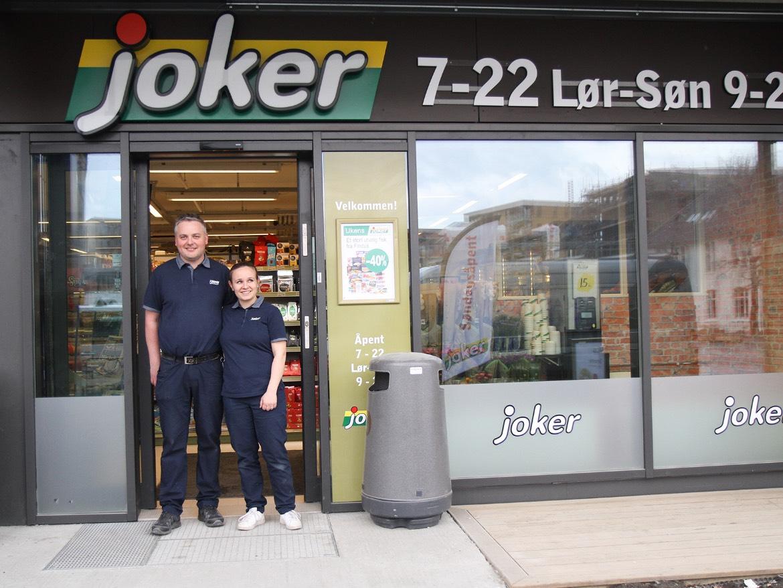 Henrik Bjørgen og Marthe Pedersen har åpnet en helt ny Joker i Stjørdalsveien på Lilleby.