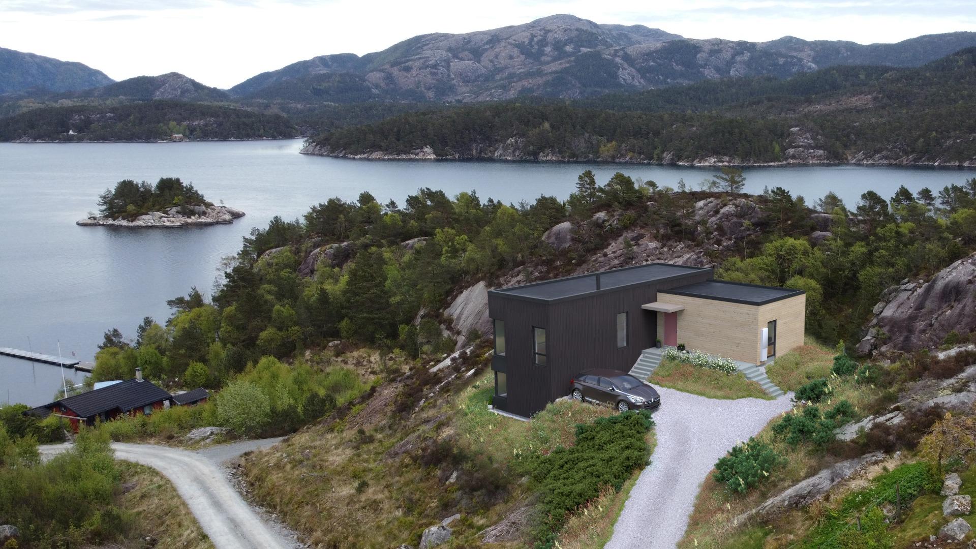 Enkel tilgang til sjøen med badestrand, grøntområde og båtplass.