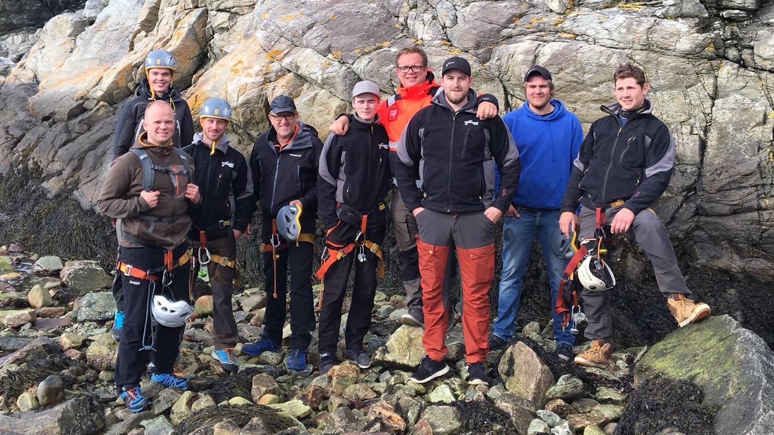 Teambuilding i fjellveggen. Ingen tvang til å bestige toppen. Arkivfoto.