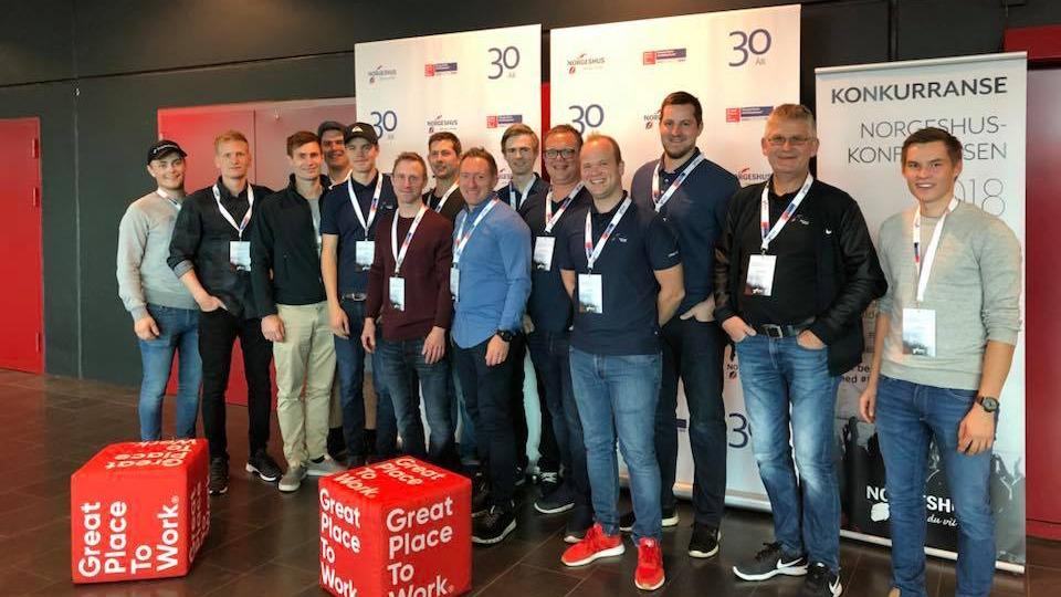 Hele gjengen samlet på Norgeshuskonferansen i 2018