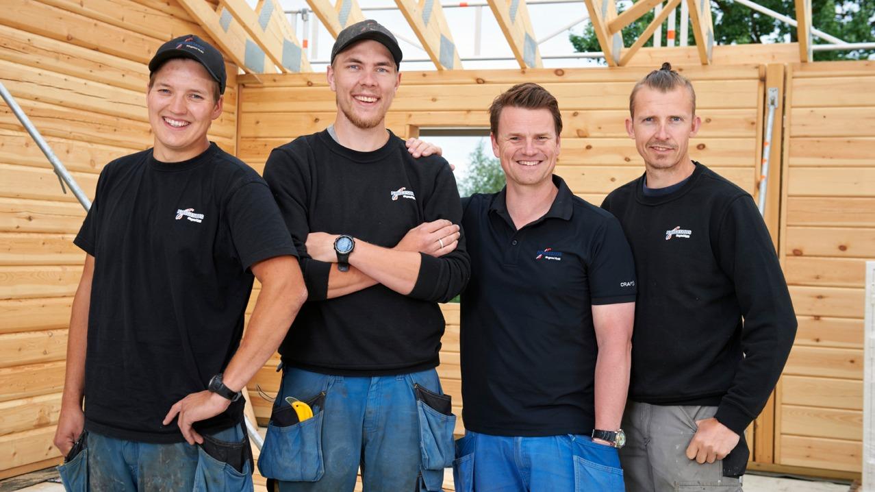 I Norgeshus Ringstad Bygg jobber vi målrettet for at alle skal trives på jobb!