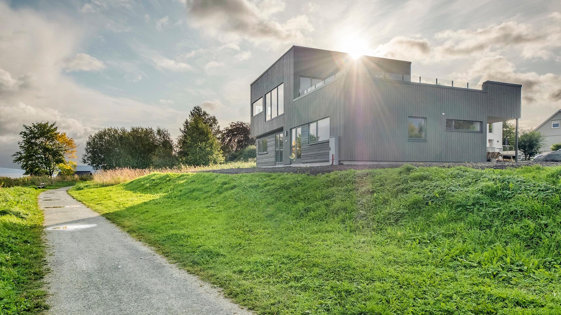 Nok en arkitekttegnet bolig på Ranheim. Superfornøyd kunde!