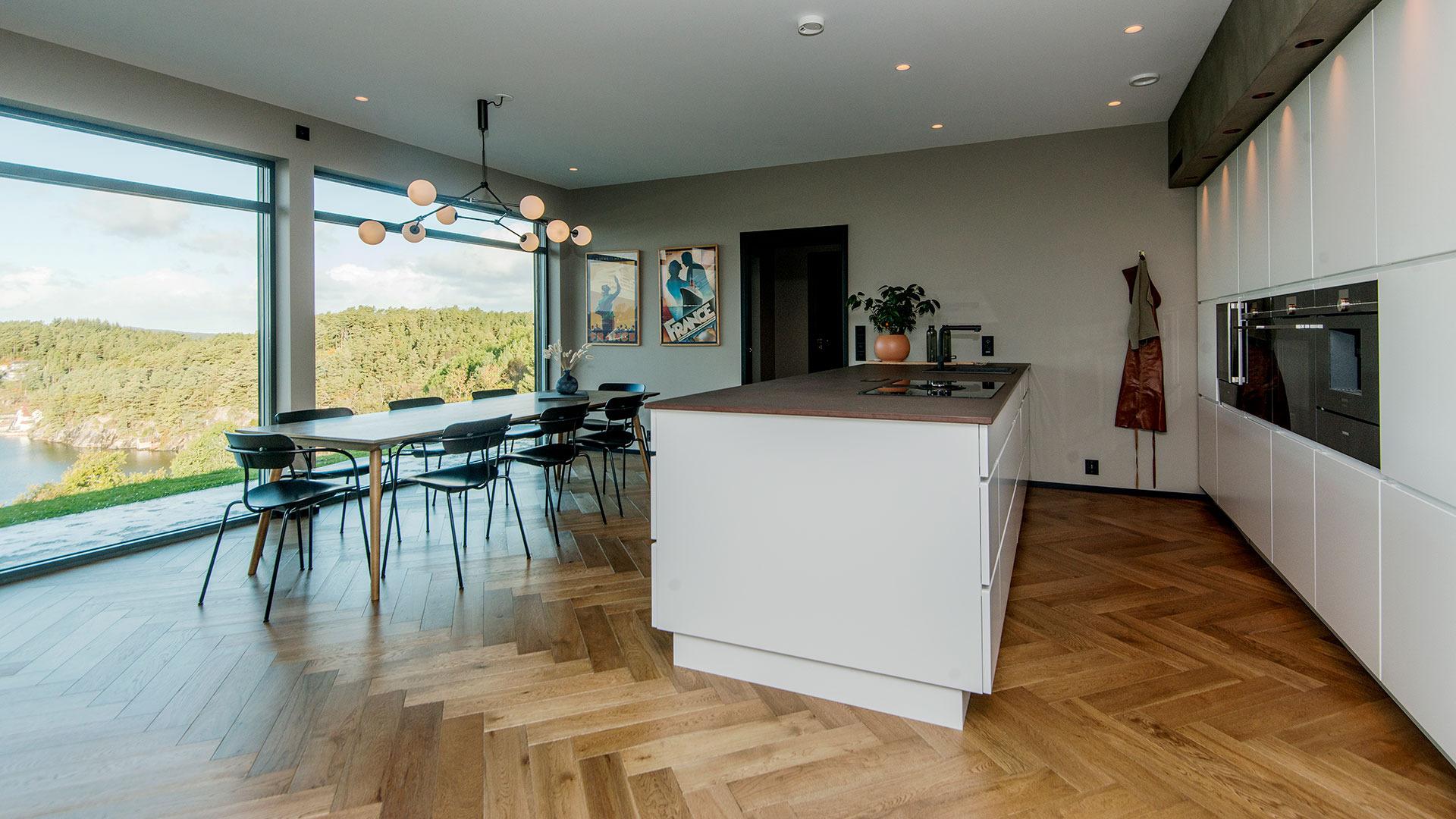 Arkitekttegnet enebolig, Moster på Bømlo